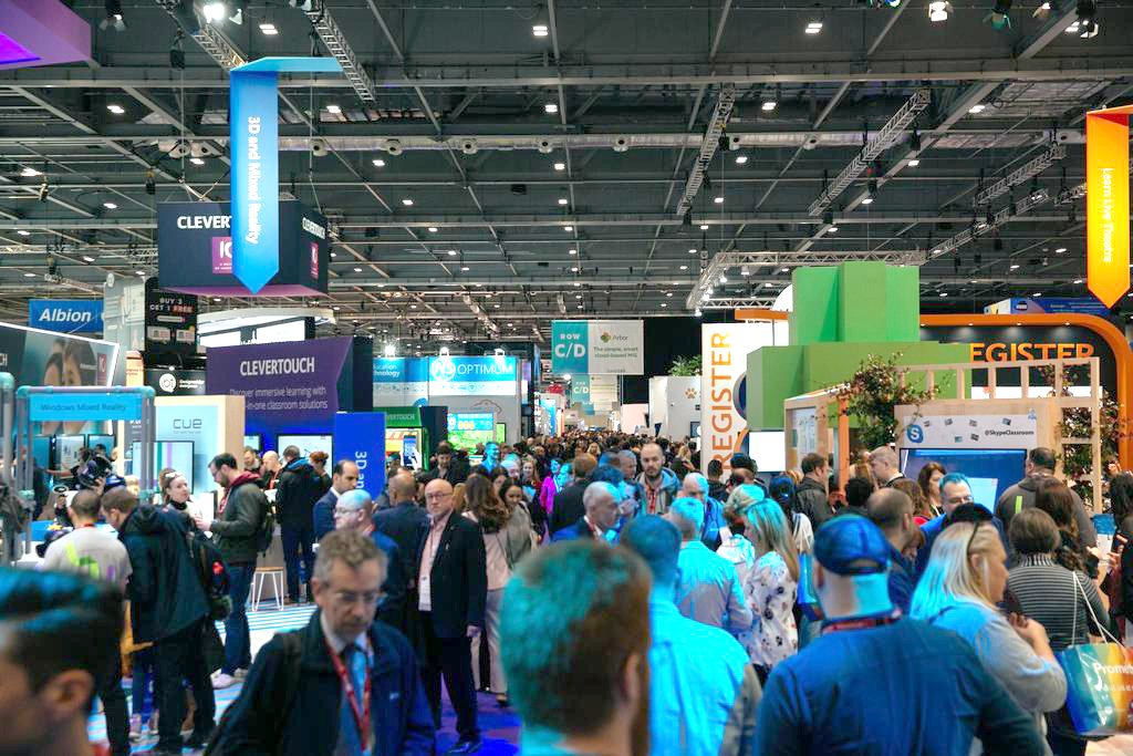 360Education VR Platform launched at Bett Show in London